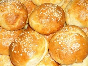 Картофельные булочки с кунжутом