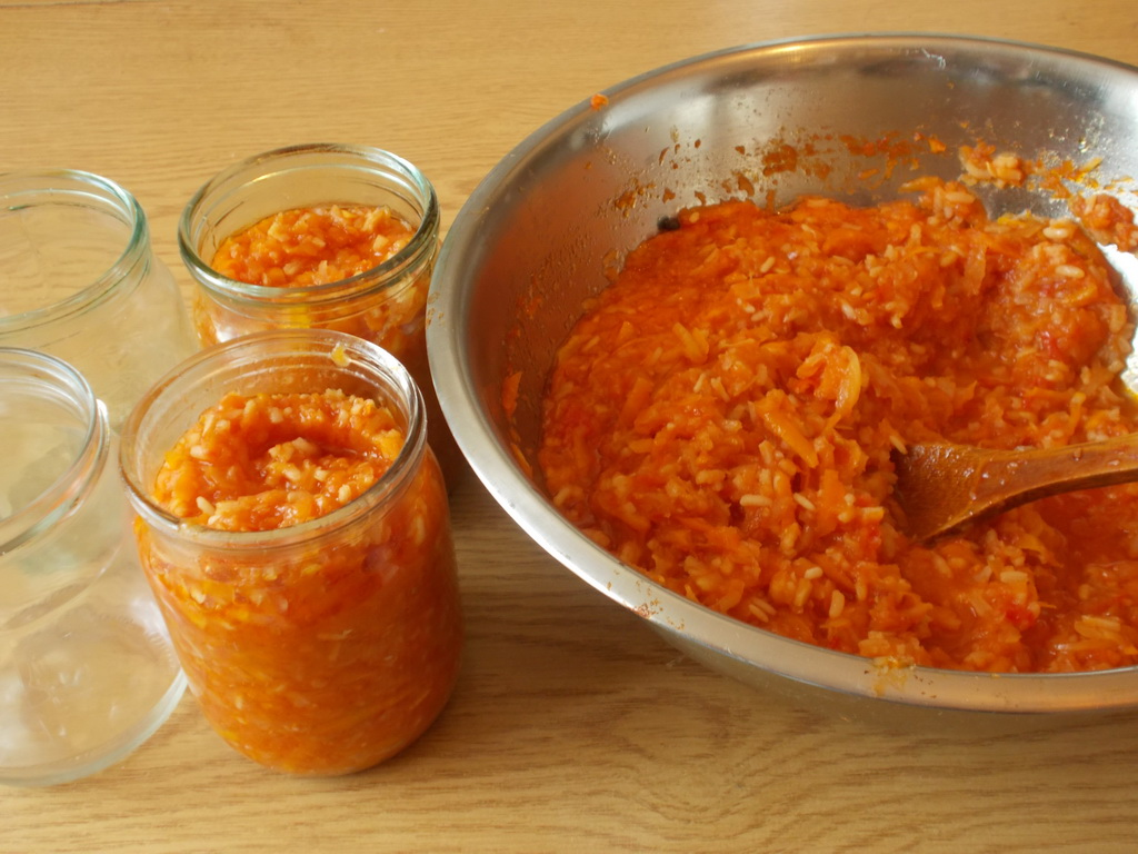 салат из болгарского перца с рисом на зиму рецепты