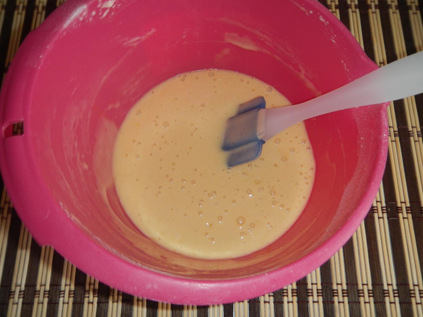 Бисквитный рулет с клубничным вареньем рецепт