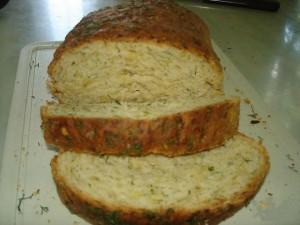 Хлеб с пивом и зеленью