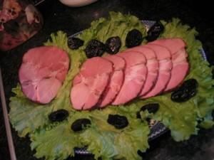 Свиная шейка в черносливе
